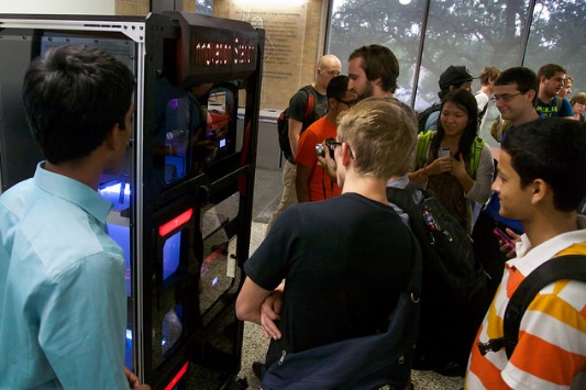 3d-printing-vending-machine-unveiled-on-university-of-texas-campus-4