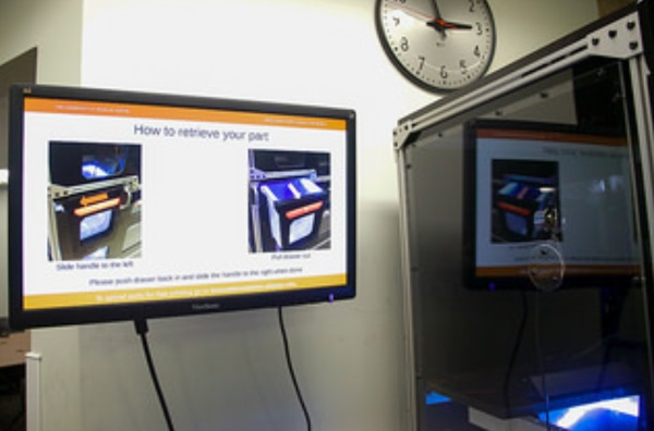 3d-printing-vending-machine-unveiled-on-university-of-texas-campus-8