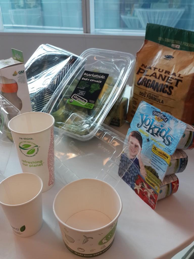 ภาชนะใส่ผักสลัด แก้วน้ำและ ภาชนะใส่อาหารอื่นๆจาก PLA