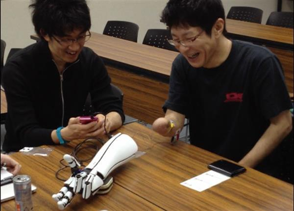 exxiii-japanese-design-engineers-release-files-bionic-hand-00005