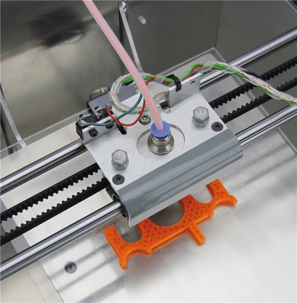 -german-reprap-unveils-highly-flexible-tpu-93-soft-plastic-filament-00002
