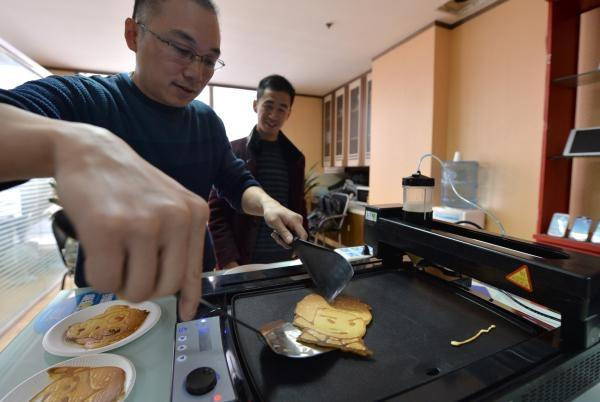 chinese-pancake-3d-printer-makes-pancakes-in-just-90-seconds-6