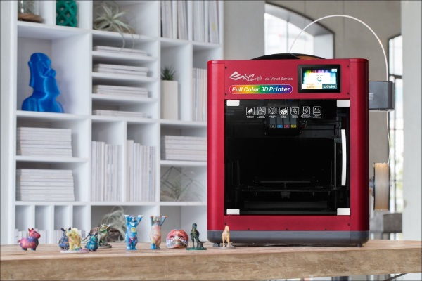 xyzprinting-announces-3000-dollars-da-vinci-full-color-3d-printer-with-3dcolorjet-technology-1