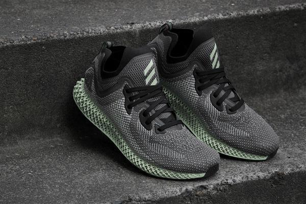 รองเท้ากีฬา Adidas รุ่น AlphaEDGE 4D LTD จะวางตลาดเร็วกว่ากำหนด