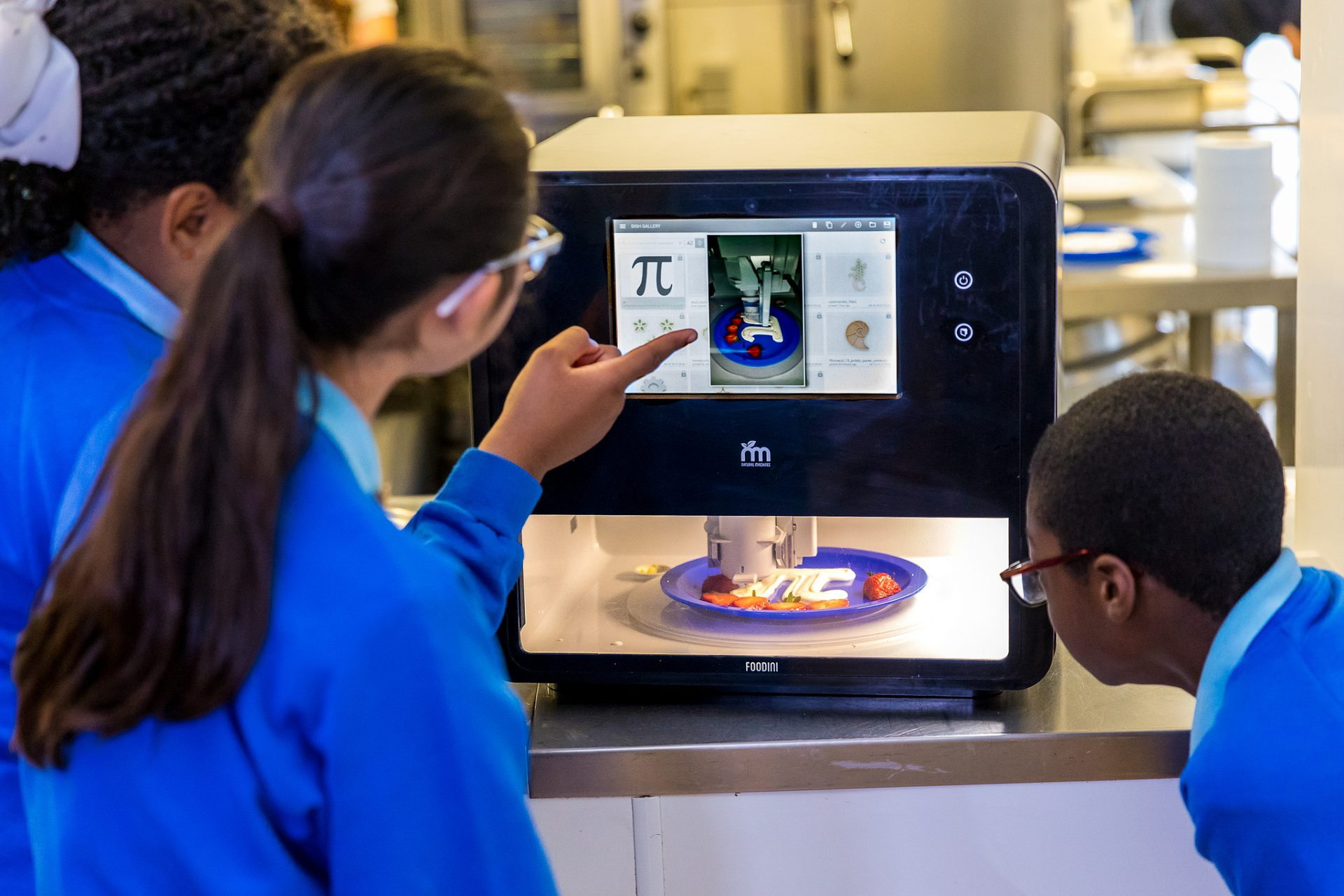 อาหารเย็นในโรงเรียนจาก 3D Printer