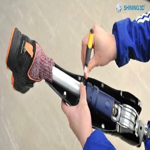 ออกแบบรูปทรงขาเทียมด้วย EinScan 3D Scanner and Software Reverse Engineering